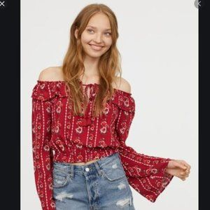 NWT H&M Off the Shoulders Red Floral Crop top Sz 8